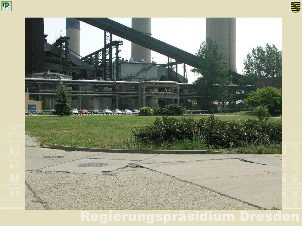Ort: Kraftwerk Boxberg (alt): Brandbekämpfung Heizöllager Inhalt der Handlungeneingesetzte Kräfte 1 Aus unbekannter Ursache ist ein Heizöltank im Heizöllager in Brand geraten.