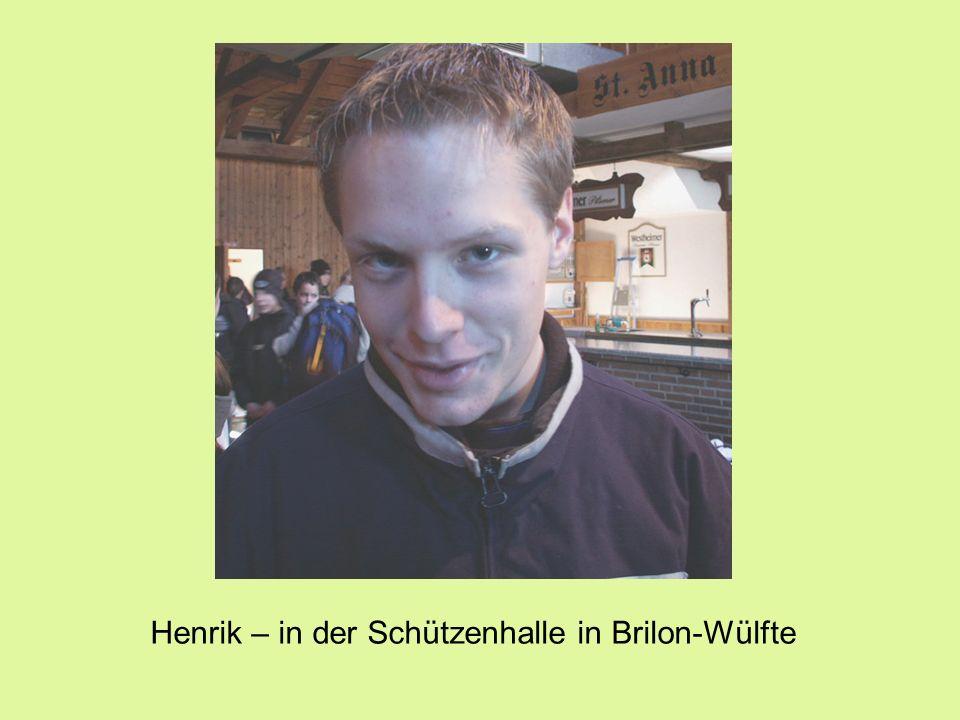 Henrik – in der Schützenhalle in Brilon-Wülfte