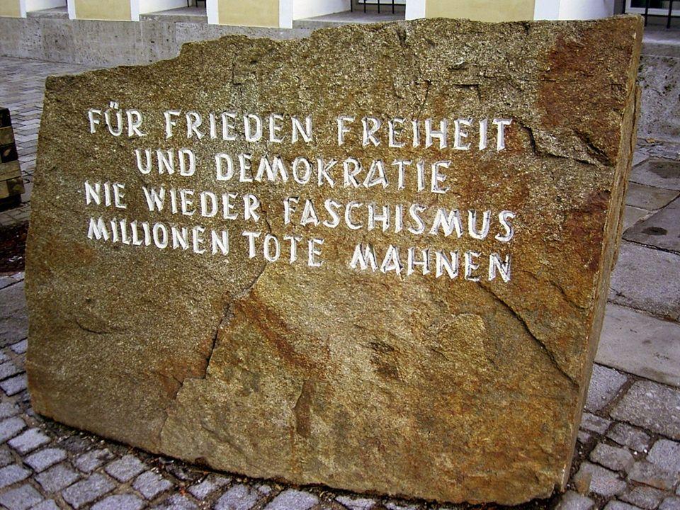 Quelle http://de.wikipedia.org/wiki/Adolf_Hitler