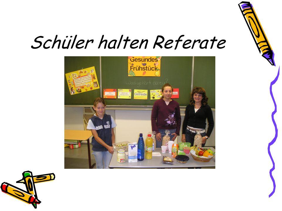 Schüler halten Referate