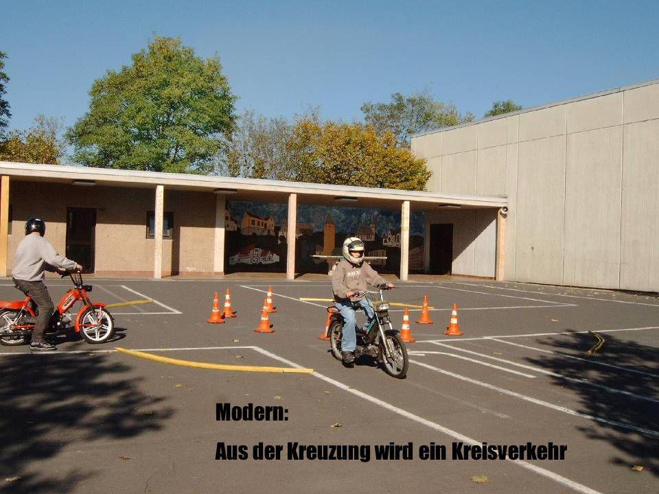 Modern: Aus der Kreuzung wird ein Kreisverkehr