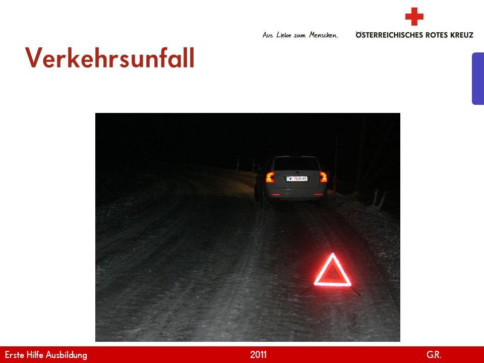 www.roteskreuz.at Version April   2011 Retten mit dem Rautekgriff 1/2 25 Erste Hilfe Ausbildung 2011 G.R.
