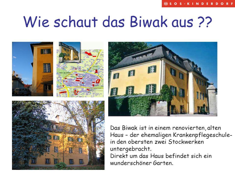 Wie schaut das Biwak aus ?? Das Biwak ist in einem renovierten, alten Haus – der ehemaligen Krankenpflegeschule- in den obersten zwei Stockwerken unte