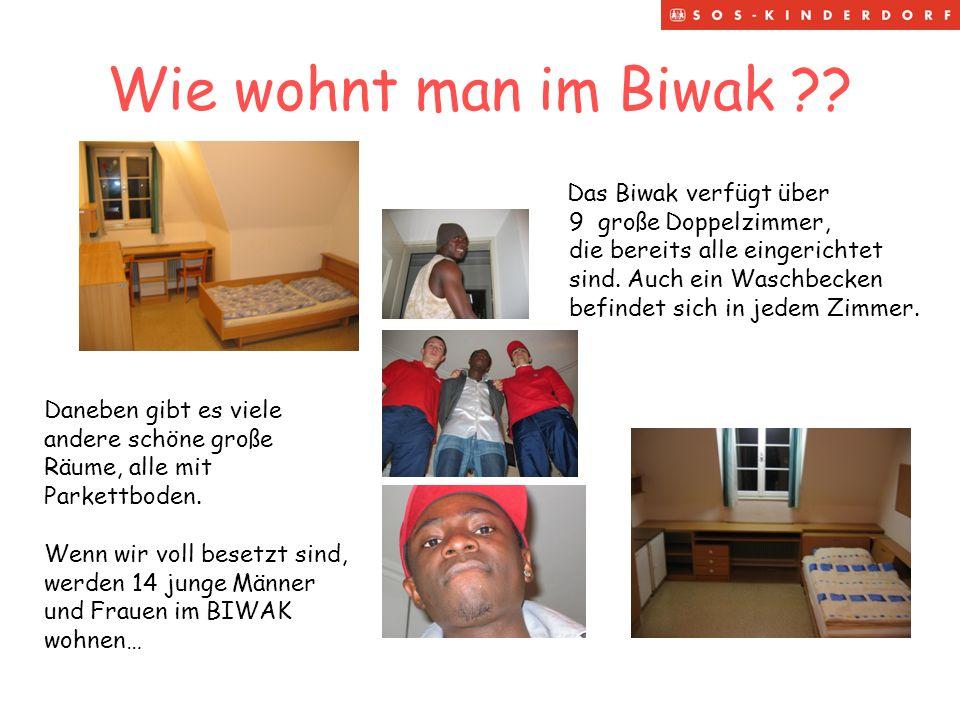 Was gibt es im Biwak noch ?.Im Biwak wohnen junge Menschen, es ist immer etwas los… …..