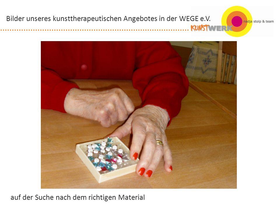 selbst gestalteter Bilderrahmen Bilder unseres kunsttherapeutischen Angebotes in der WEGE e.V.