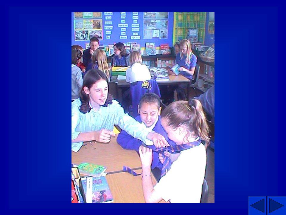 Mentorin In der Halle. Im Klassenzimmer.