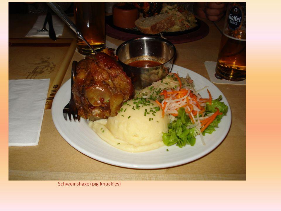 Schweinshaxe (pig knuckles)