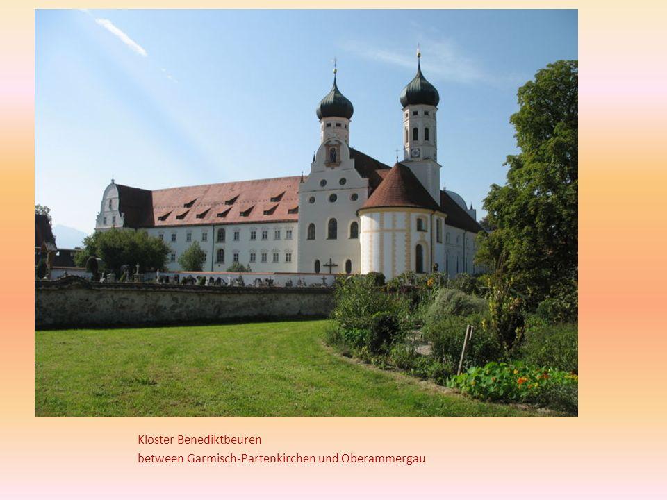 Kloster Benediktbeuren between Garmisch-Partenkirchen und Oberammergau