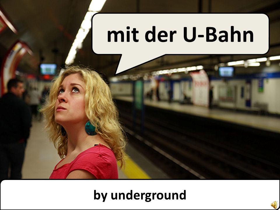 by tram mit der Straßenbahn