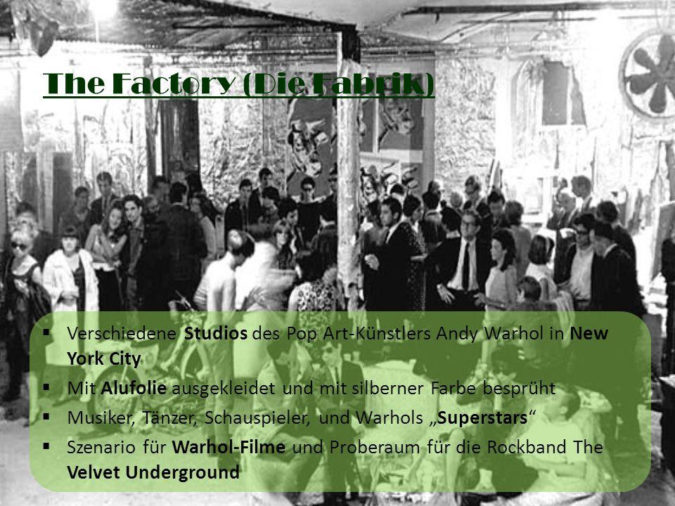 The Factory (Die Fabrik) Verschiedene Studios des Pop Art-Künstlers Andy Warhol in New York City Mit Alufolie ausgekleidet und mit silberner Farbe bes