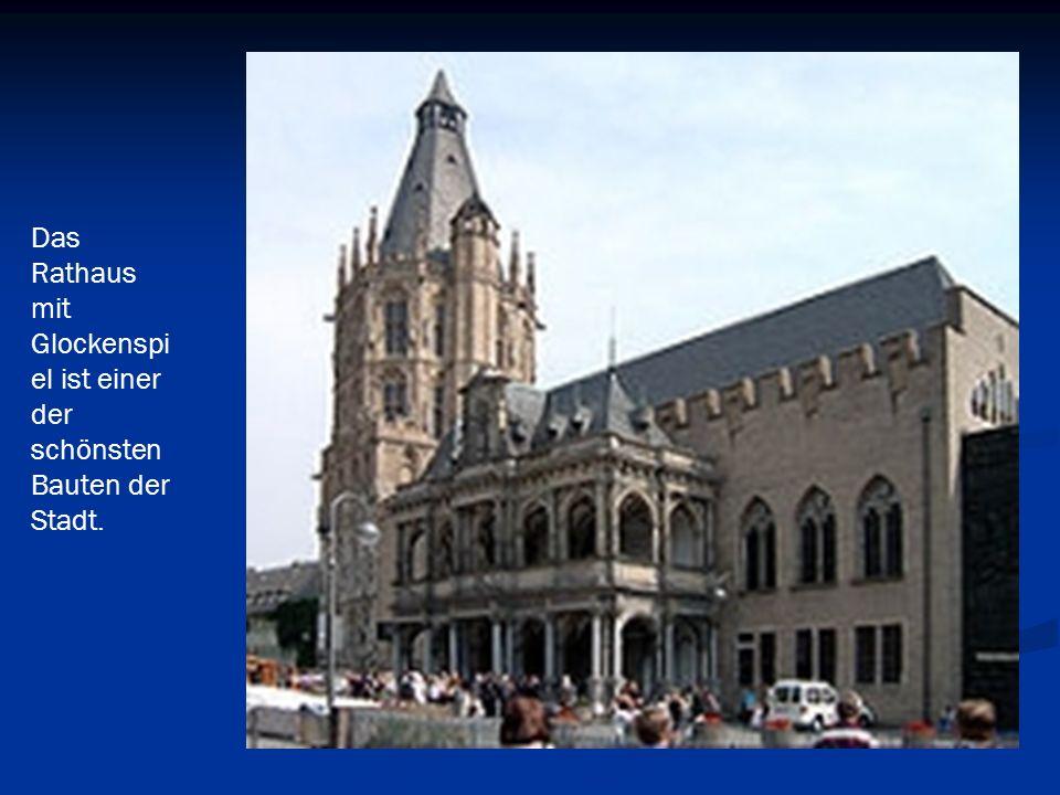 Das rote Messegebäude.Seit 1255 finden in Köln traditionell Messen statt.