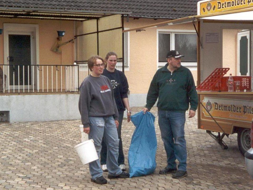 Dann wurden noch die letzten Müllreste eingesammelt…