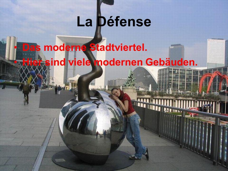 La Défense Das moderne Stadtviertel. Hier sind viele modernen Gebäuden.