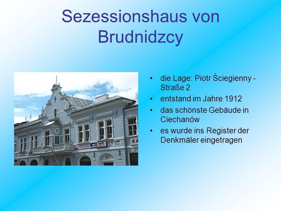 Rathaus dieses neogotische Gebäude entstand im Jahre 1844 nach dem Projekt des italienischen Architekten Henryk Marconie heutzutage der Sitz der Stadtverwaltung in Ciechanów