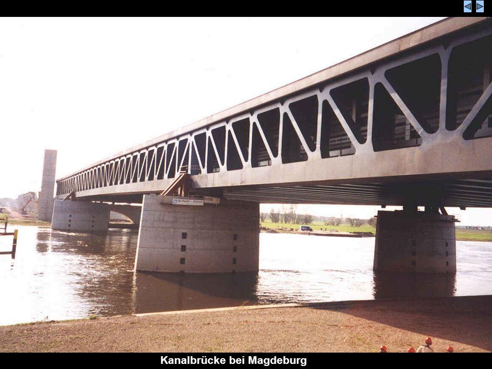 Kanalbrücke bei Magdeburg