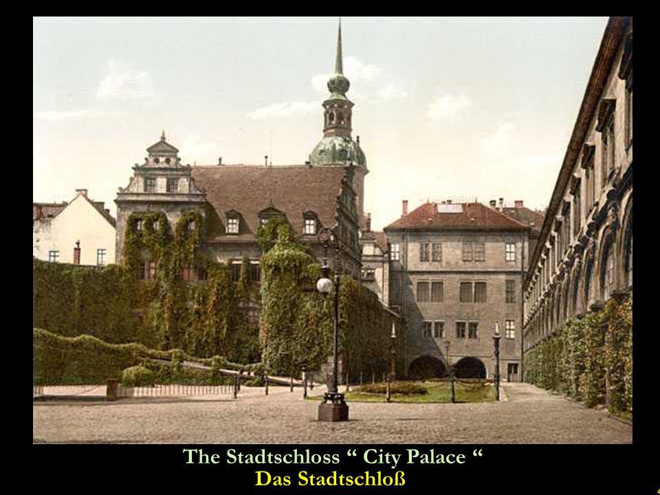 34 Dresden in 1949. Four years after the war Dresden im Jahr 1949. Vier Jahre nach Kriegsende u
