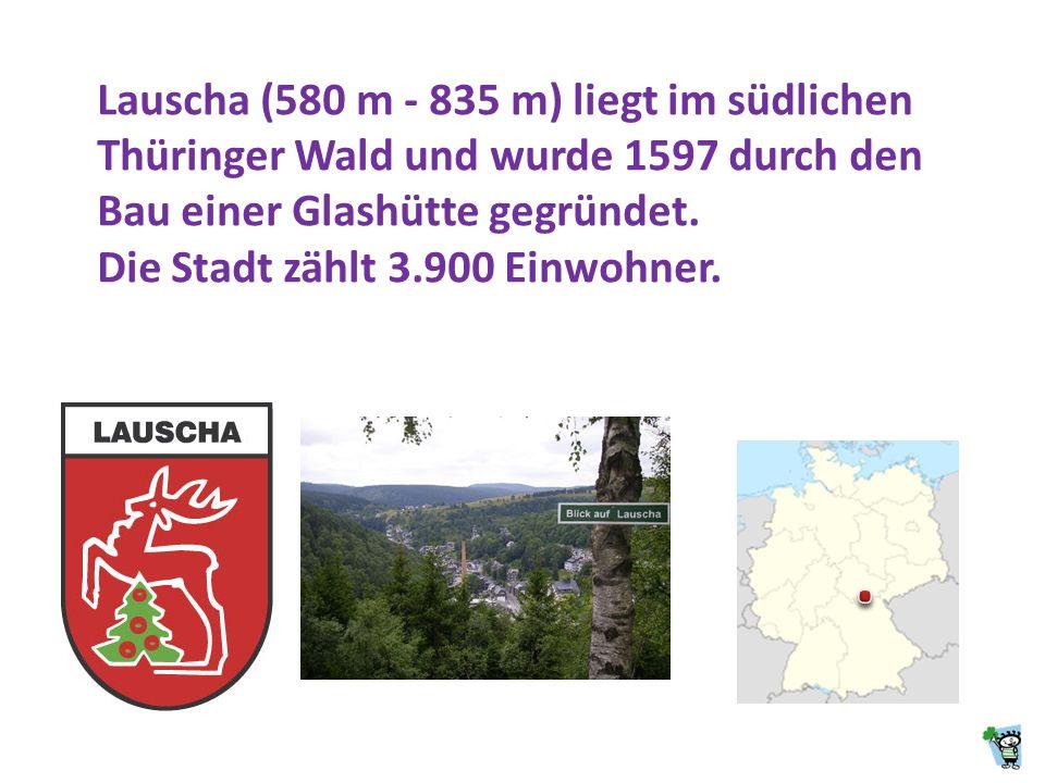 Die Weihnachtskugeln aus Lauscha blieben bis vor dem Ersten Weltkrieg die einzigen weltweit. Erst kurz vor dem Krieg begannen Firmen im Ausland ebenfa