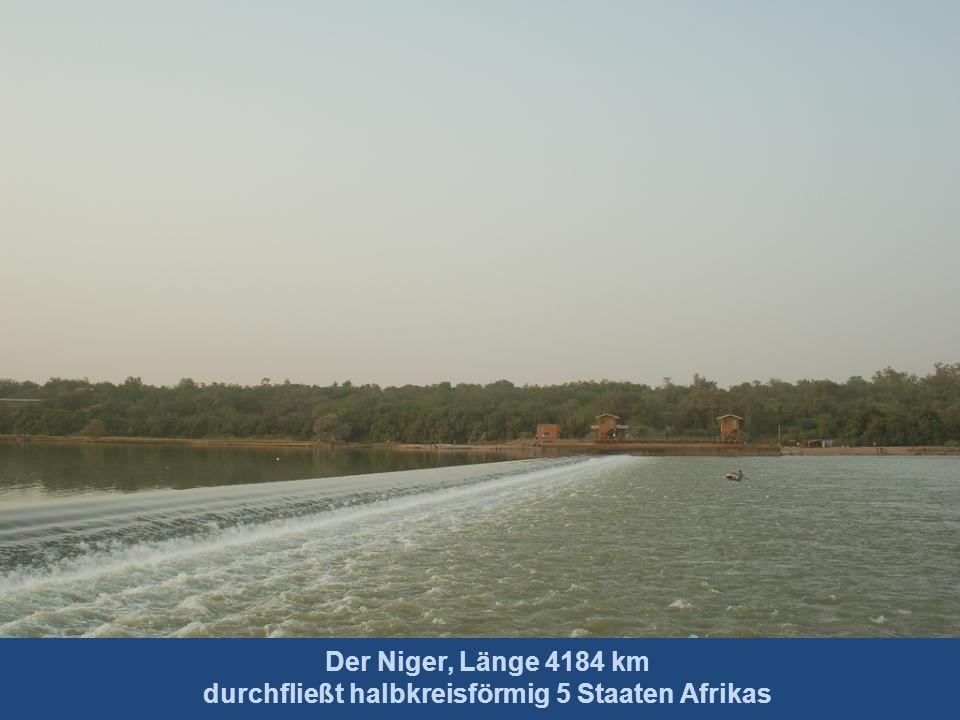 Der Nil, Länge 6852 km Quelle Ruandaberge, Mündung Mittelmeer längster Strom der Welt
