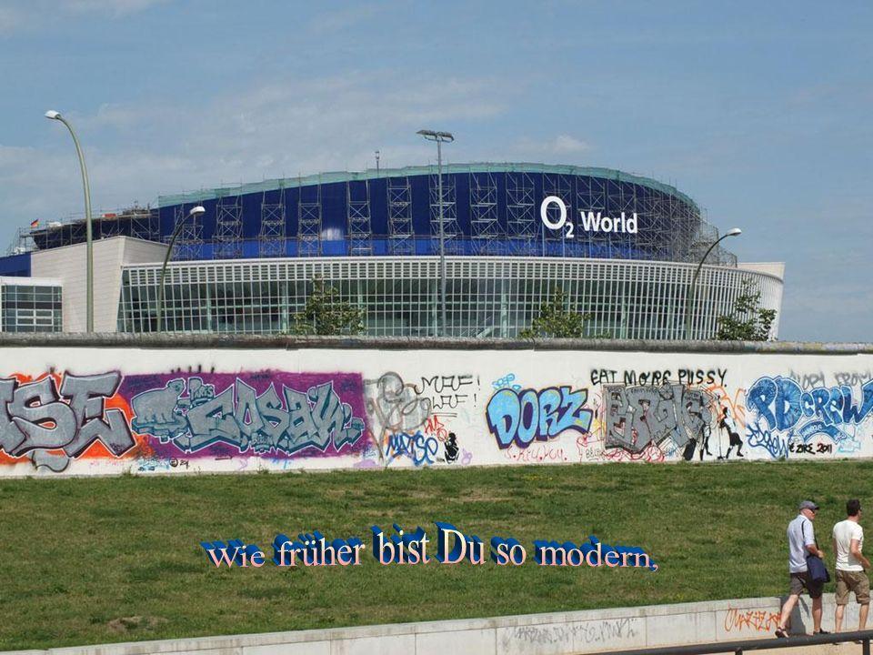 Berliner Schnauze ist noch da, verkündet meistens klipp und klar respektlos vor der Obrigkeit, wie´s Leben ist, hier in Berlin.