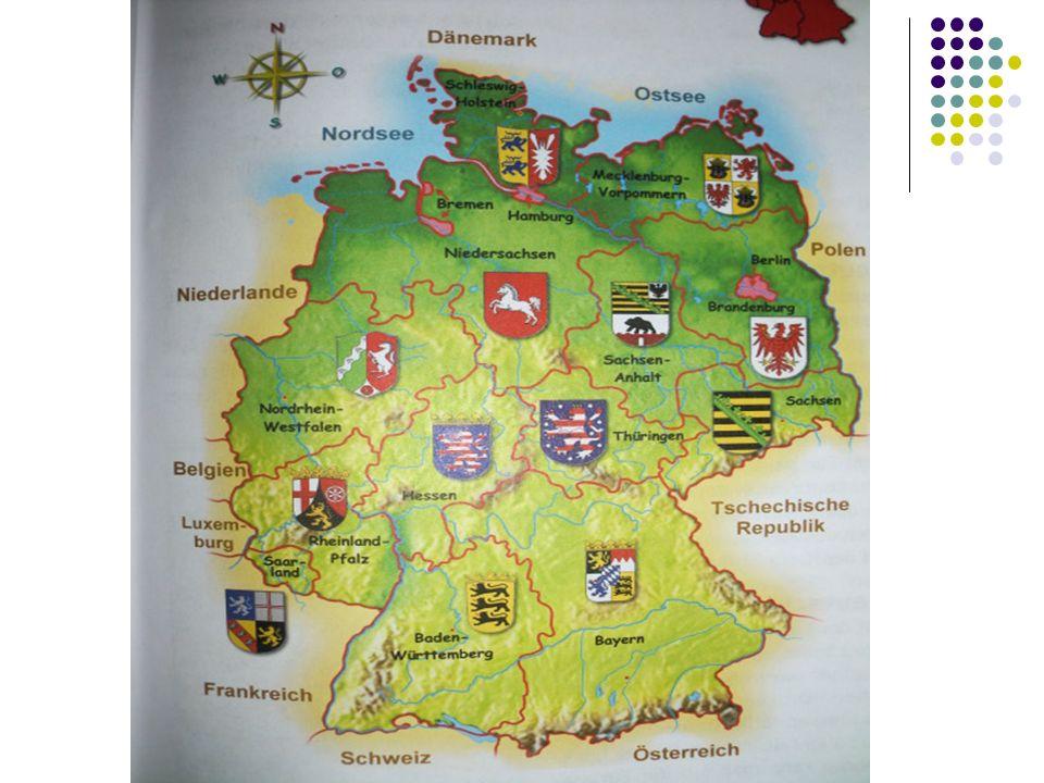 Viele Jahre gab es diezwei deutschen Staaten, von denen zu dieser Zeit jeder eine einige Regierung besass.