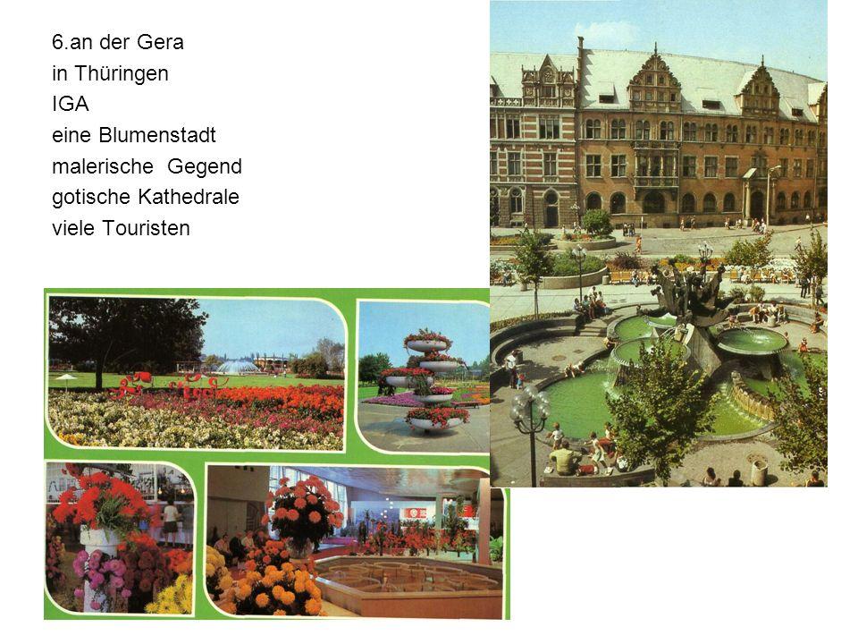 6.an der Gera in Thüringen IGA eine Blumenstadt malerische Gegend gotische Kathedrale viele Touristen