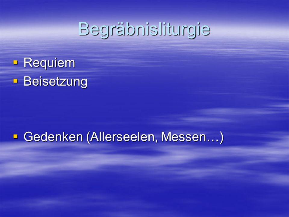 Forderungen an den Ritus Berücksichtigt anthropologische und kulturelle Grundbedingungen Berücksichtigt anthropologische und kulturelle Grundbedingungen Gibt emotionale Empfindungen wieder Gibt emotionale Empfindungen wieder Gibt der Trauer Raum Gibt der Trauer Raum Spricht die Einmaligkeit der Situation an Spricht die Einmaligkeit der Situation an Spricht von der Hoffnung auf den Gott des Lebens Spricht von der Hoffnung auf den Gott des Lebens Gibt der Versöhnung Raum Gibt der Versöhnung Raum