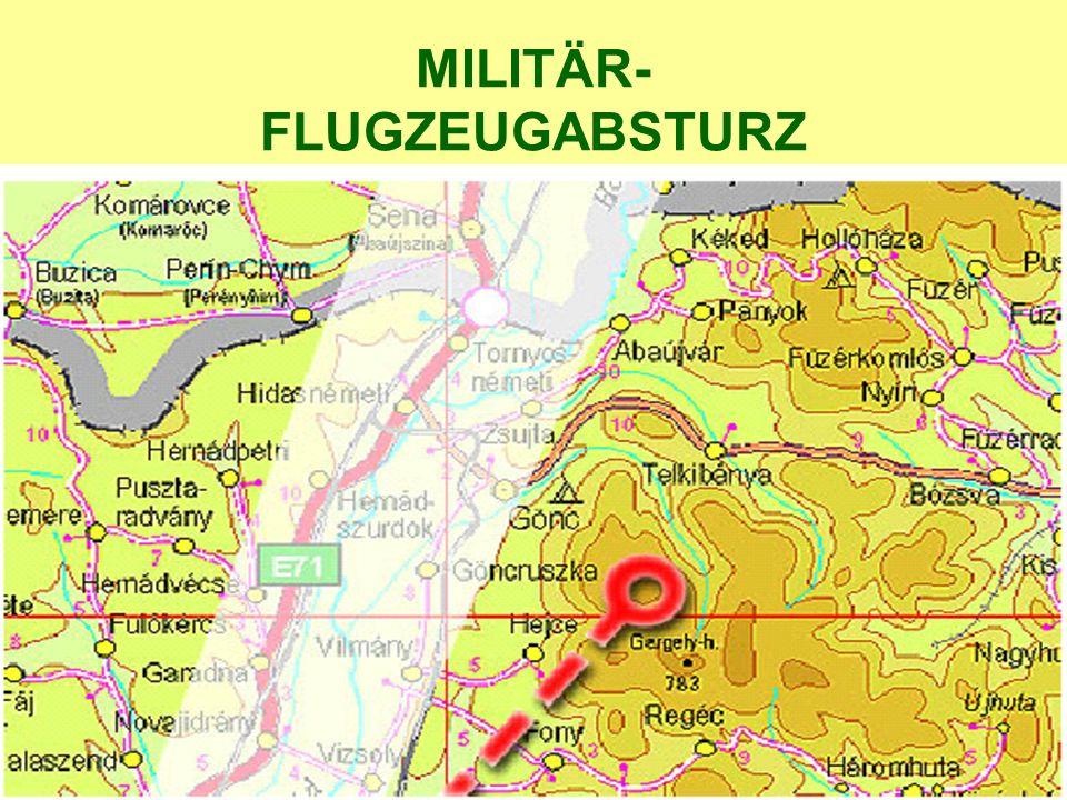 MILITÄR- FLUGZEUGABSTURZ