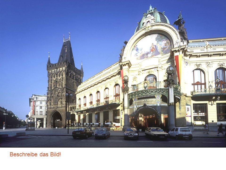Am Graben Der Pulverturm Gemeindehaus (Repräsentationshaus) Beschreibe das Bild!