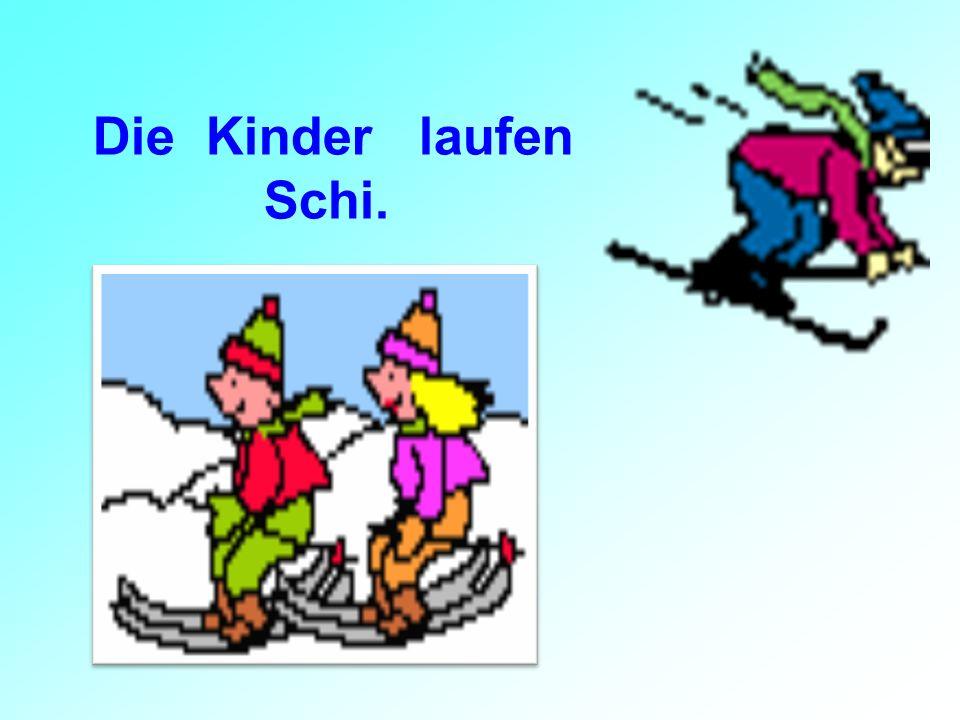 Die Kinder laufen Schi.