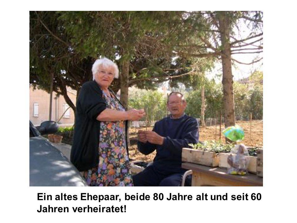 Ein altes Ehepaar, beide 80 Jahre alt und seit 60 Jahren verheiratet!
