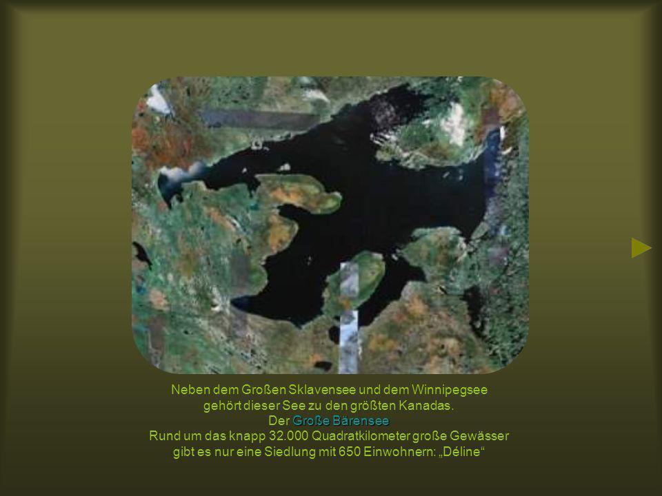 Dieser See in Sibirien hält gleich zwei Rekorde.