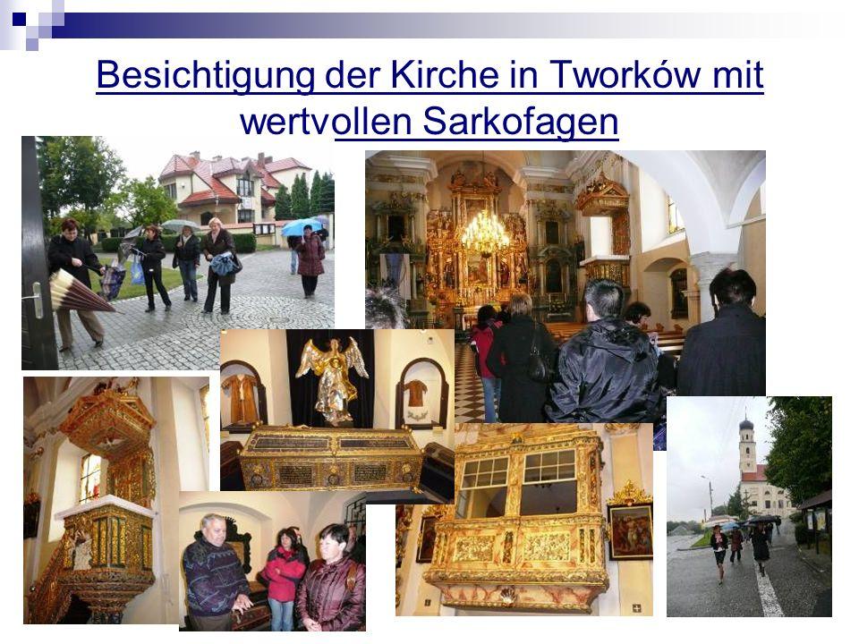 Besichtigung der Kirche in Tworków mit wertvollen Sarkofagen