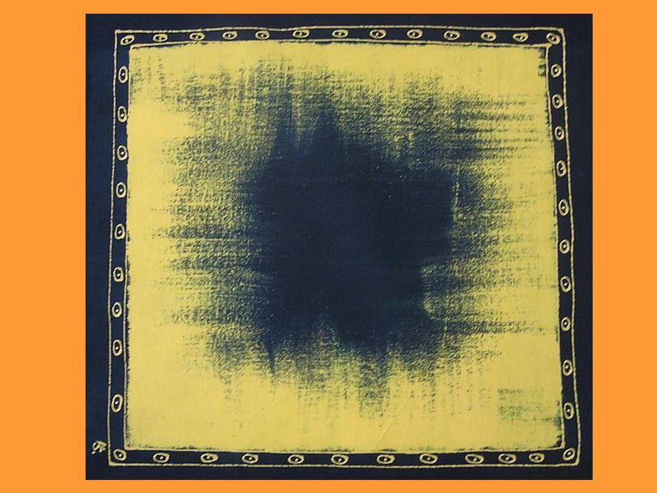 Blaudruck ist eine alte Technik des Textildrucks, bei der Leinen- oder Baumwollstoffe mit Modeln bedruckt werden, wodurch ein blau-weißes Muster entsteht.