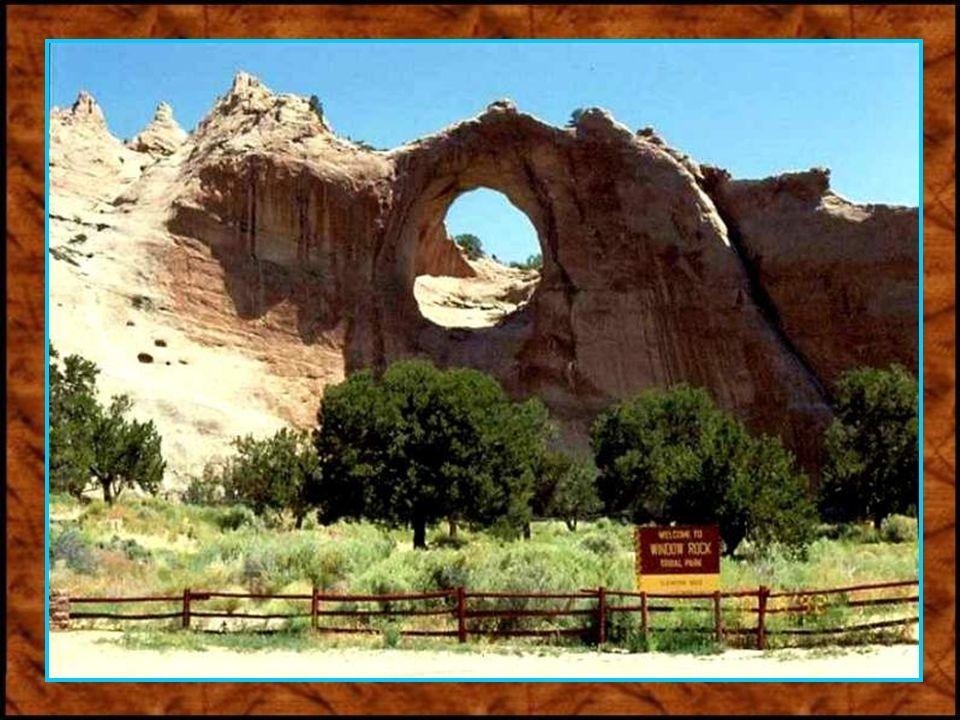 Das Land der großen Canyons erstreckt sich mit seinen 100.000 Quadratkilometern über die Bundesstaaten Uta und Arizona.