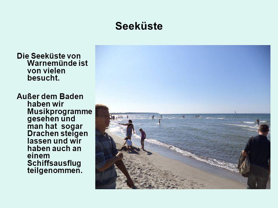 Seeküste Die Seeküste von Warnemünde ist von vielen besucht.