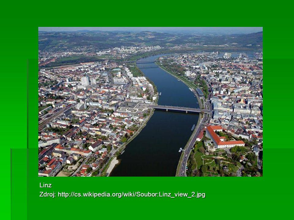 Linz Zdroj: http://cs.wikipedia.org/wiki/Soubor:Linz_view_2.jpg
