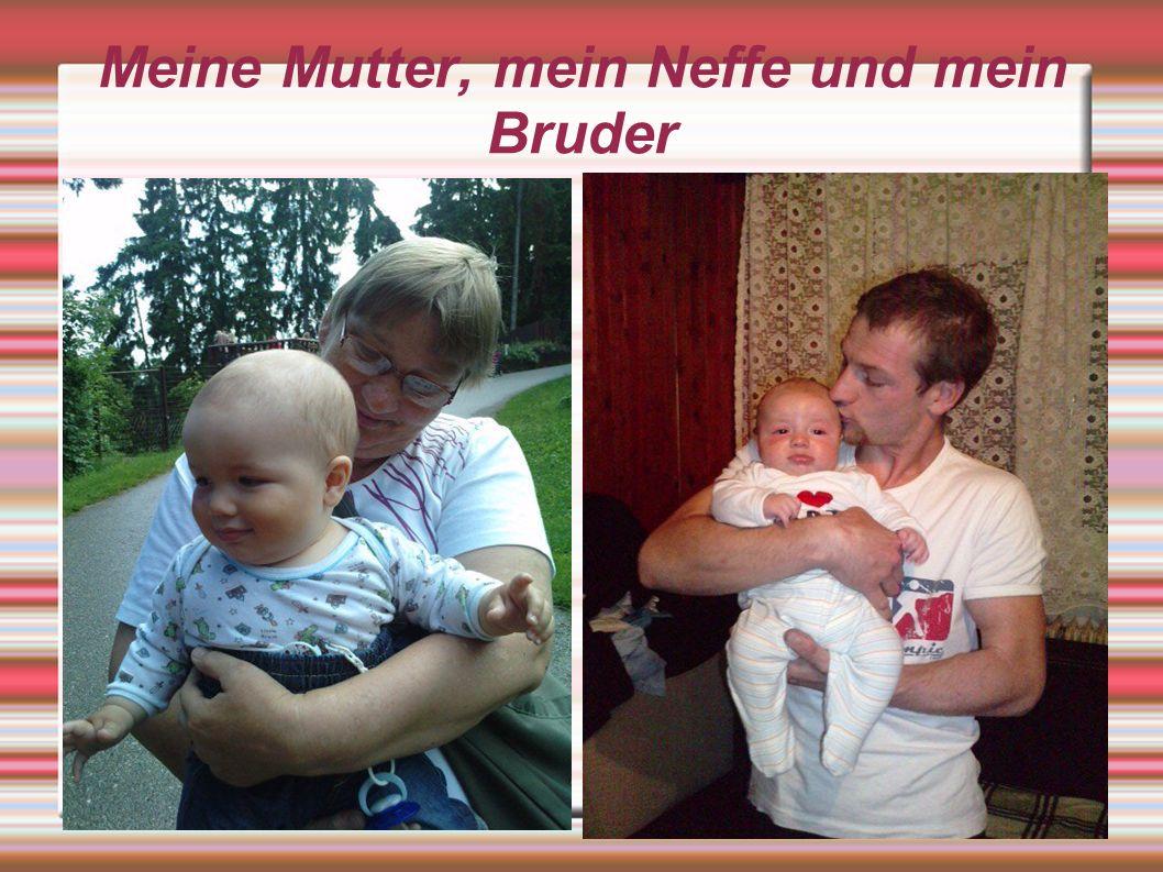 Meine Mutter, mein Neffe und mein Bruder https://www.facebook.com/photo.php?fbid=220344731333190&set=a.220342518000078.62097.100000729950096&type=3