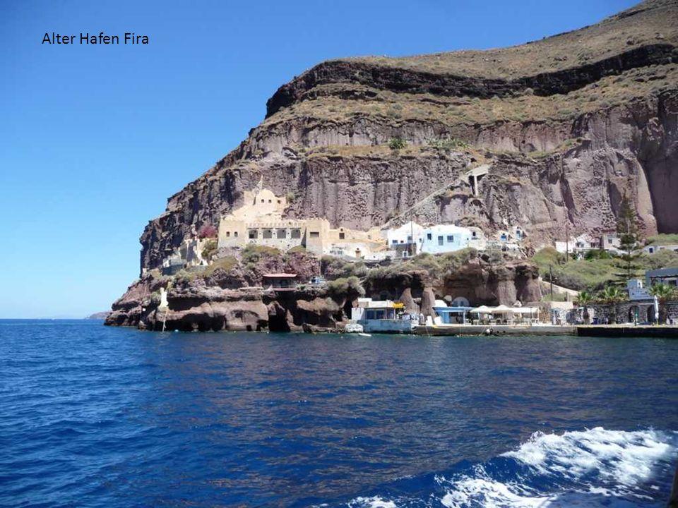 Alter Hafen Fira