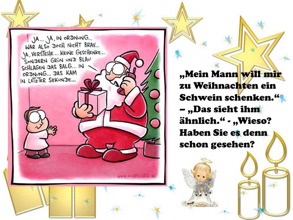 Brief an den Weihnachtsmann Die Beamten bei der Post öffnen einen Brief, der an den Weihnachtsmann adressiert ist.