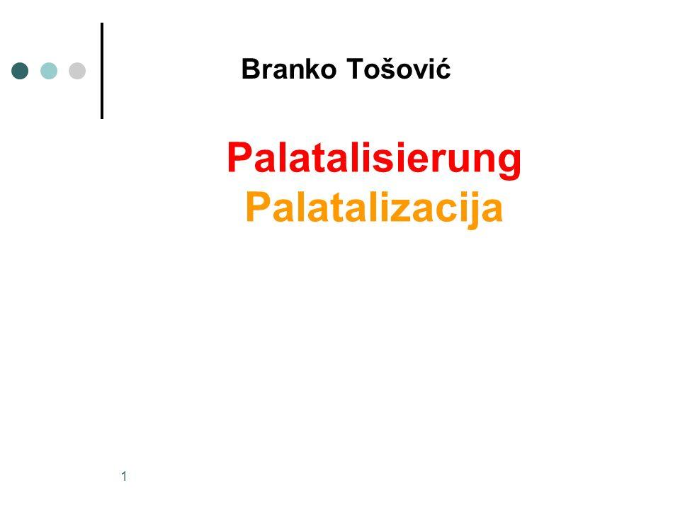 2 wenn Velare (Gutturallaute) vor einen palatalen (vorderen) Vokal (e, i) zu stehen kommen, so werden sie erweicht (palatalisiert)