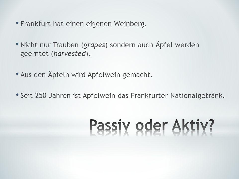 Goethe wird oft diskutiert.Goethe wird oft von Literaturwissenschaftlern diskutiert.