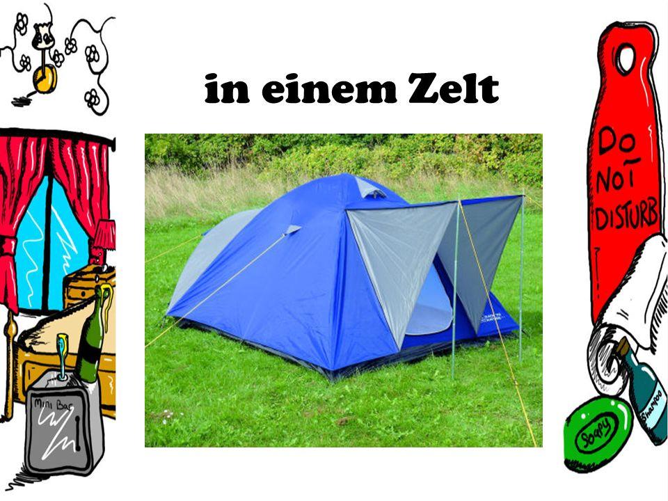 in einem Zelt
