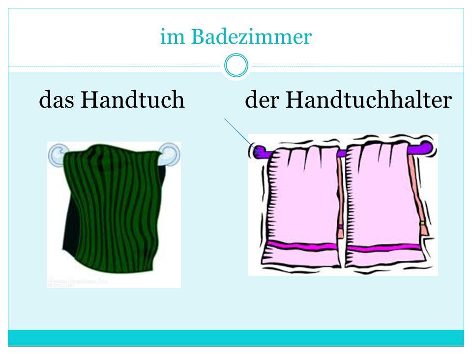 im Badezimmer das Handtuchder Handtuchhalter