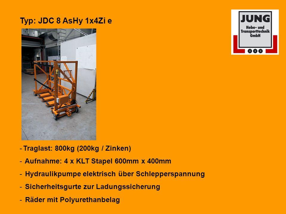 Typ: JDC 8 AsHy 1x4Zi e -Traglast: 800kg (200kg / Zinken) - Aufnahme: 4 x KLT Stapel 600mm x 400mm - Hydraulikpumpe elektrisch über Schlepperspannung - Sicherheitsgurte zur Ladungssicherung - Räder mit Polyurethanbelag