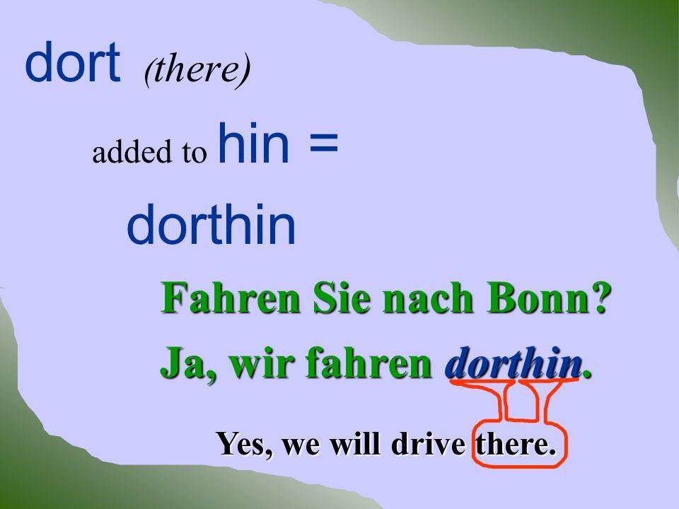 Unsere Tante wohnt in München.Wir reisen einmal im Jahr dorthin.