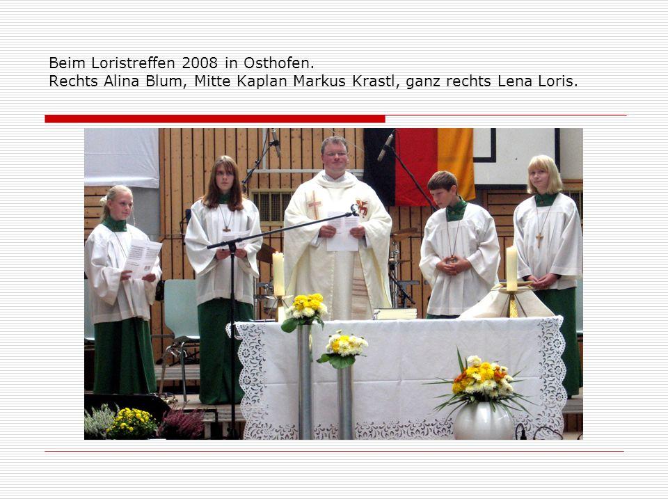 Beim Loristreffen 2008 in Osthofen. Rechts Alina Blum, Mitte Kaplan Markus Krastl, ganz rechts Lena Loris.