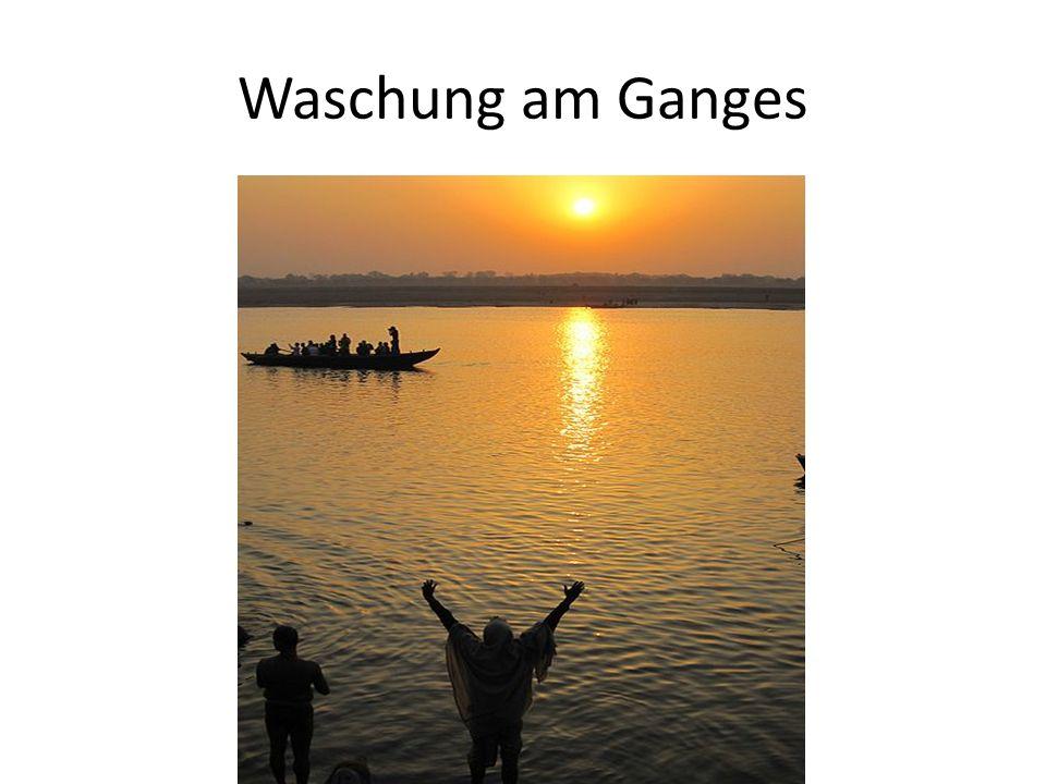 Waschung am Ganges