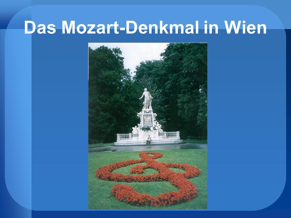 Das Mozart-Denkmal in Wien.