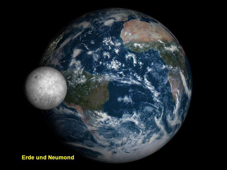 Die Erde mit dem aufgehenden Mond