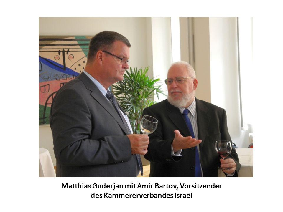 Matthias Guderjan mit Amir Bartov, Vorsitzender des Kämmererverbandes Israel